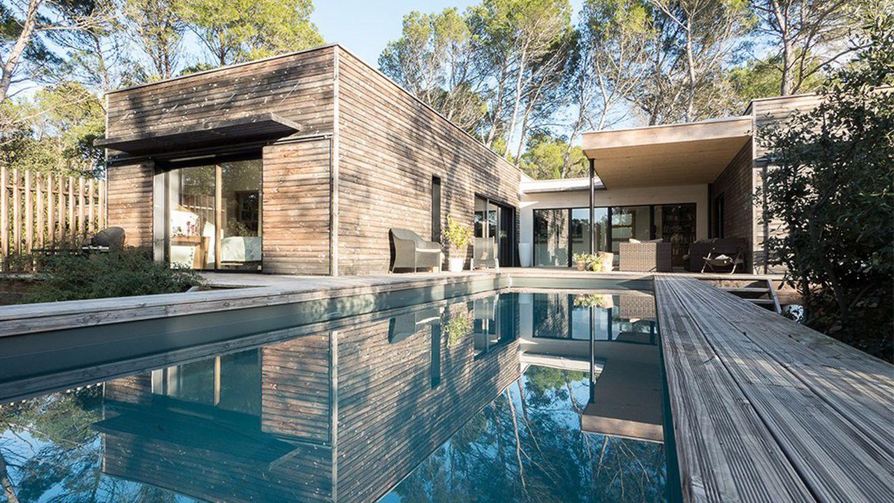 Passer par des agences immobilières à Marseille pour trouver le logement de ses rêves.