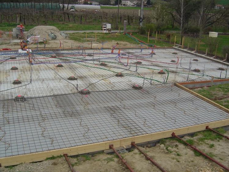 Les travaux de plomberie dans une construction neuve